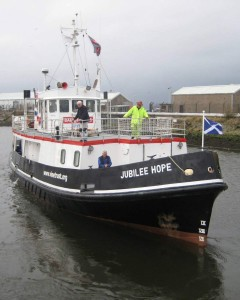 Jubilee Hope leaving the Clyde (Vine Trust)